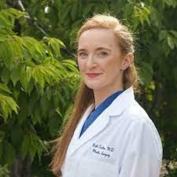 Plastic Surgery Resident Dr. Ruth Tevlin
