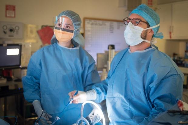 Bariatric and Minimally-Invasive Surgeon Dr. Dan Azagury operates on patient.